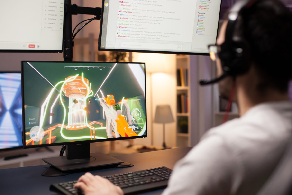 ゲーム開発者